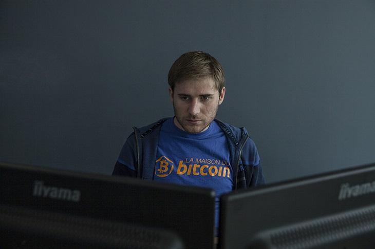 https://backend.streetpress.com/sites/default/files/bitcoin3.jpg