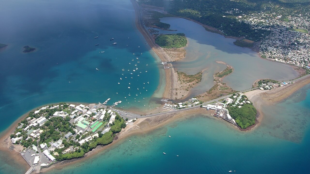 À Mayotte, les autorités falsifient volontairement l'âge de mineurs isolés pour les expulser