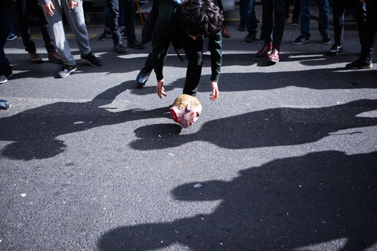 https://backend.streetpress.com/sites/default/files/karnaval_anti-elections-13.jpg
