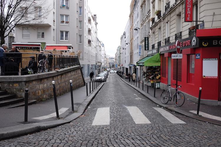 https://backend.streetpress.com/sites/default/files/rue_barbes.jpg